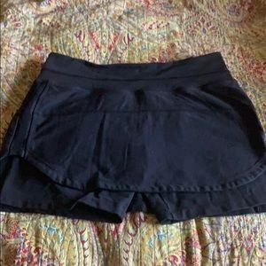 Lulu running shorts/skirt